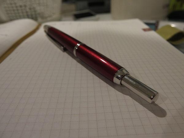 キャップレス 万年筆はノック式になるだけで最高に手軽で使いやすい 2