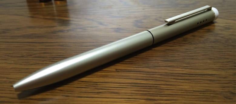 アロマを楽しめるボールペン リロマ 1