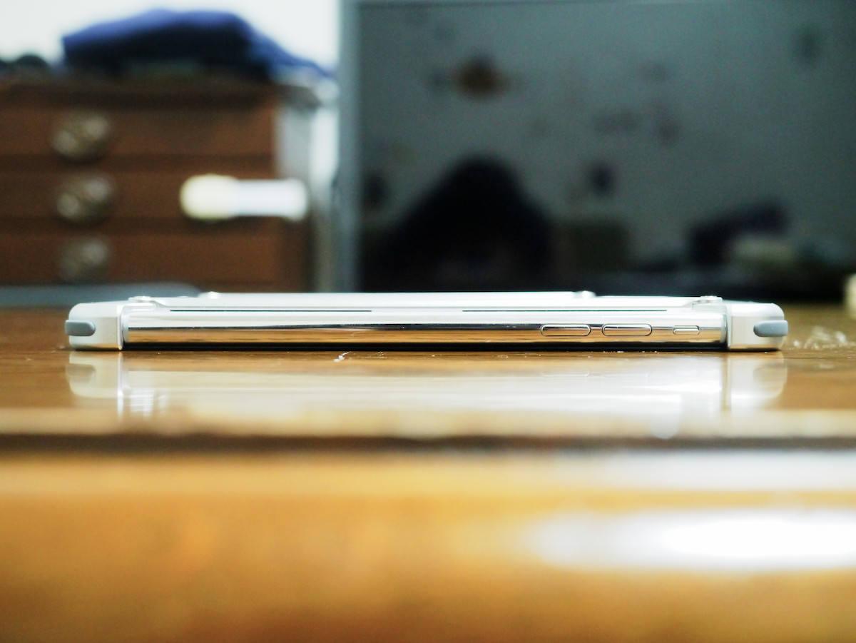 iphone-xs-bumper_15