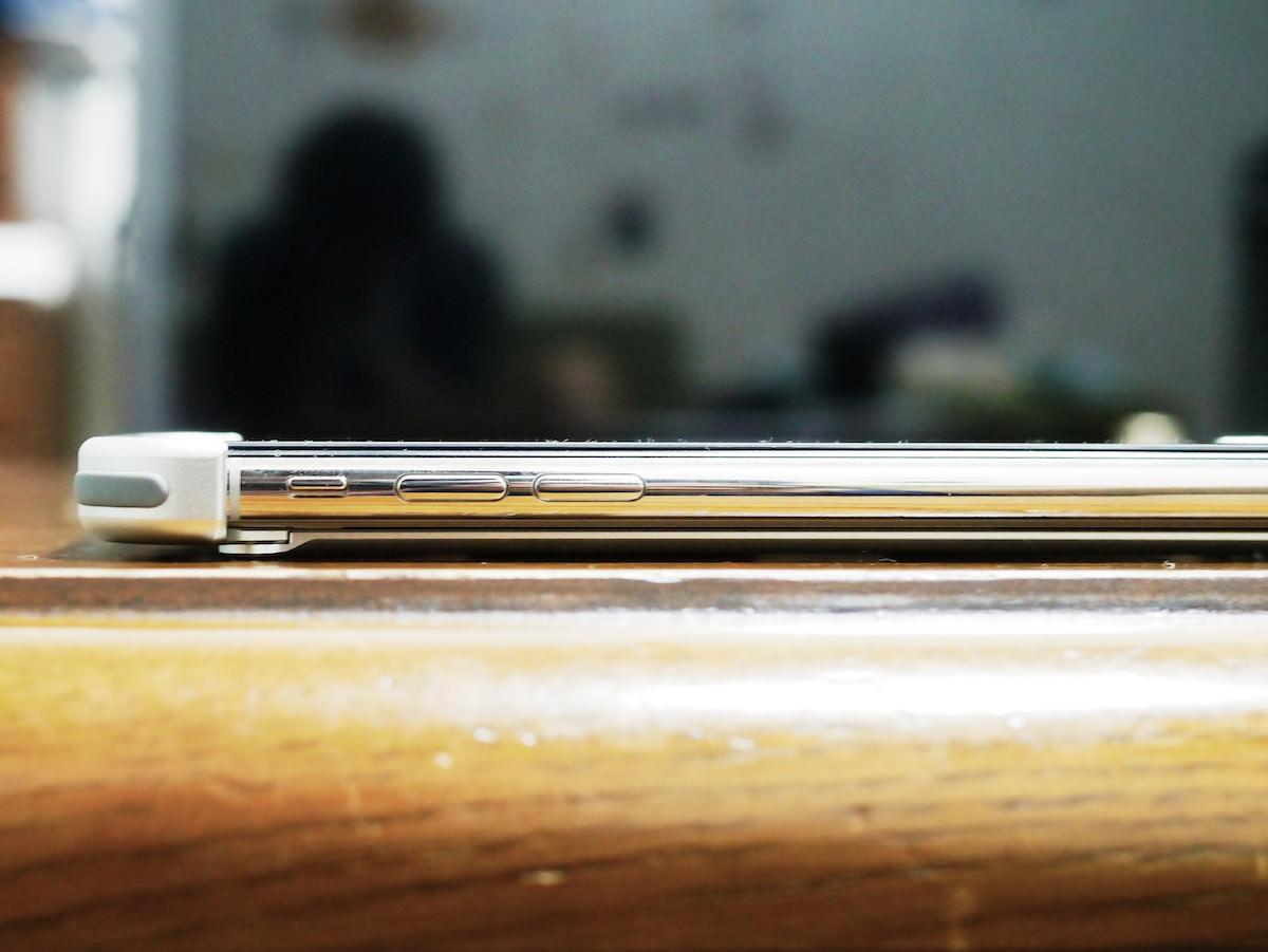 iphone-xs-bumper_16